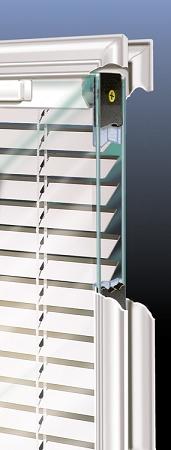 Universal 22 X 64 Raise Amp Lower Blind Glass Amp White Frame